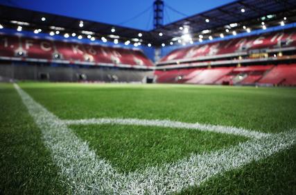 Fußballstadion vom Eckpunkt aus